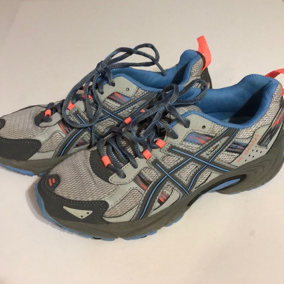 asics running trainers size 5